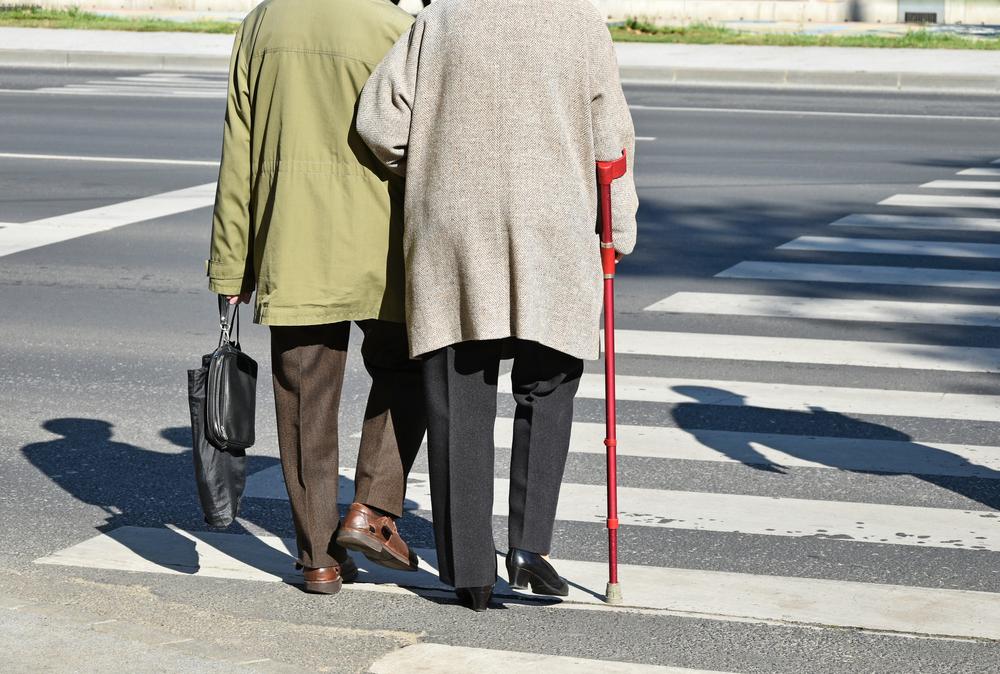 javítsa az idős ember látását